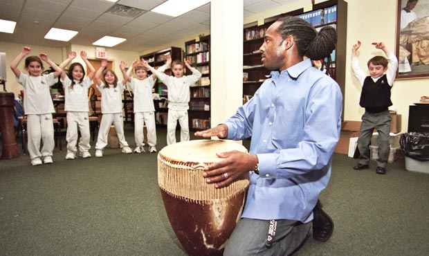 Origins of Uganda's Rhythms and Dances by Ssuuna | Young Audiences New Jersey
